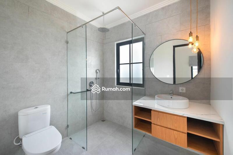 Seminyak! Luxury 3bedrooms villa for Sale. SHM #105202083