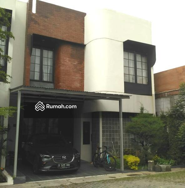 Cluster Strategis Modern Semifurnish Rooftop Jagakarsa Jakarta #105202217