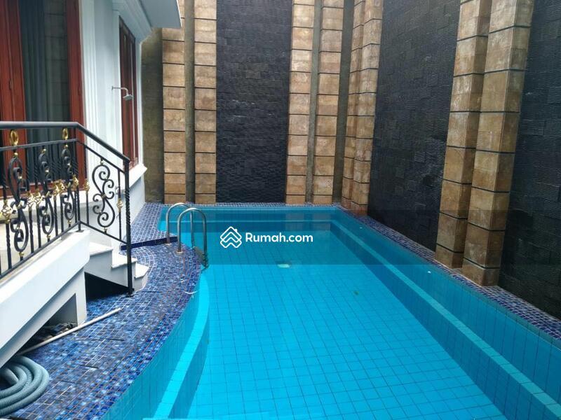Disewakan Murah Rumah Cantik Dengan Swimming Pool di Pondok Indah #105206507