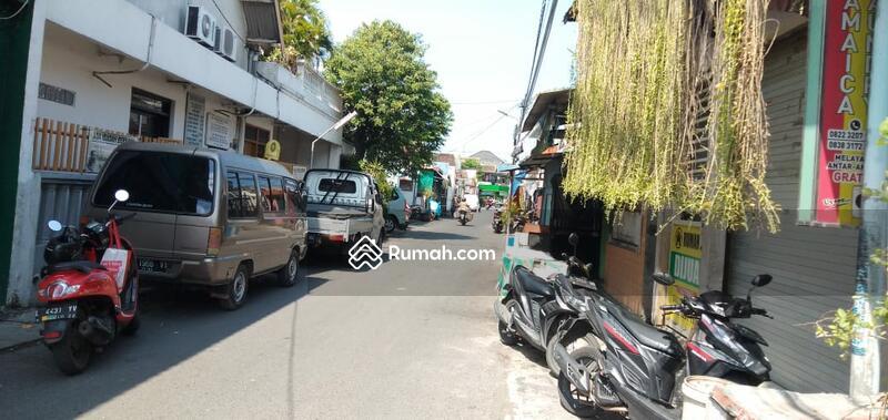 Rumah Surabaya Pusat 95 Jt petok D #105206909