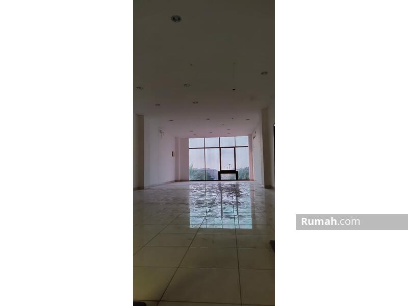 Ruko Avenue siap pakai 3Lantai Luas 5x17 85m di Boulevard JGC Jakarta Garden City Jakarta Timur  Ru #105207645