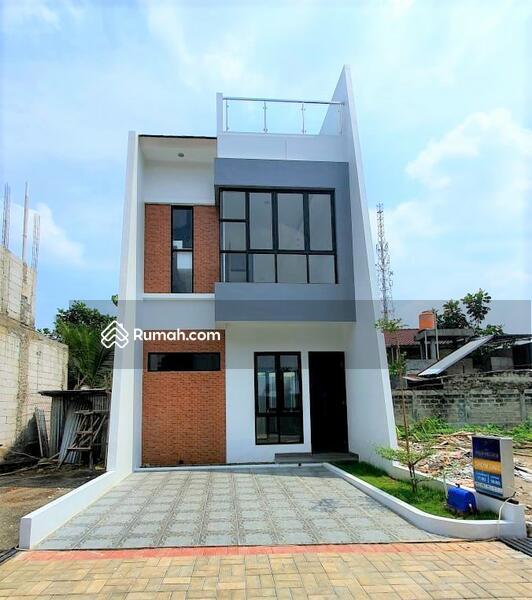 Hunian cluster  2,5 lantai + Rooftop Berlokasi Strategis di Belakang Kampus UI - Depok #106164733