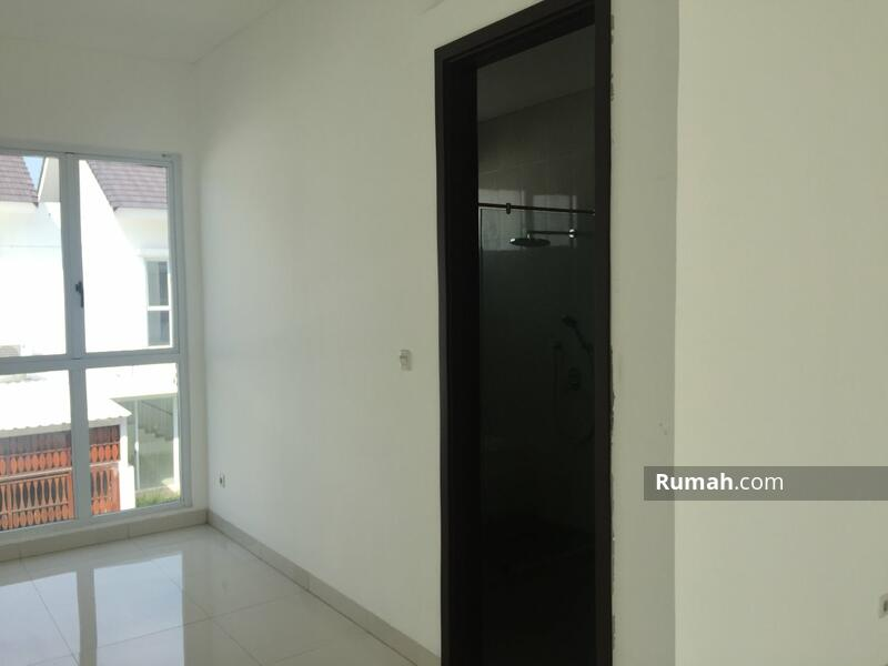 Dijual Rumah Palm Spring Jakarta Timur #105210103