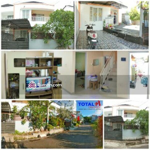 Rumah 2 Lantai 3 Kamar Tidur di Jimbaran #105210329