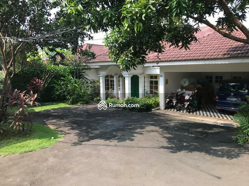 Dijual Rumah di Pejaten, Kemang Area, Jakarta Selatan ~ Resort Style ~ Pool ~ Expat Neighborhood #105212337