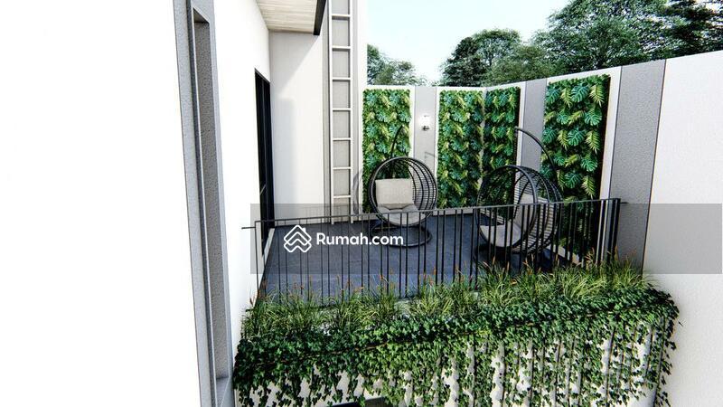 FOR SALE : Rumah 2 Lantai Ada Rooftoop Lokasi di Singgasana Pradana Bandung #105214701