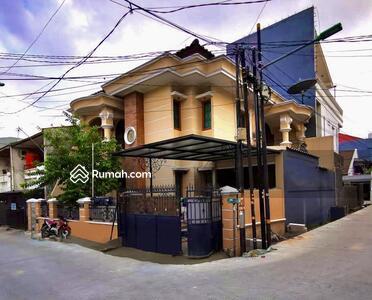 Dijual - Rumah Mewah, Murah, & Strategis di Tomang (Nego)