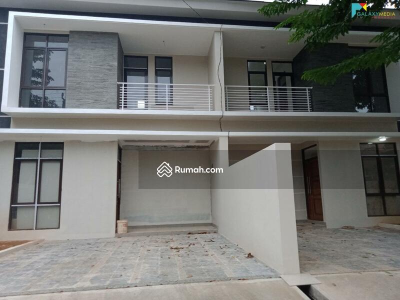 Dijual Cepat Rumah 2 Lantai Siap huni Lokasi strategis di Ciangsana Dekat Kota Wisata cibubur #105218853