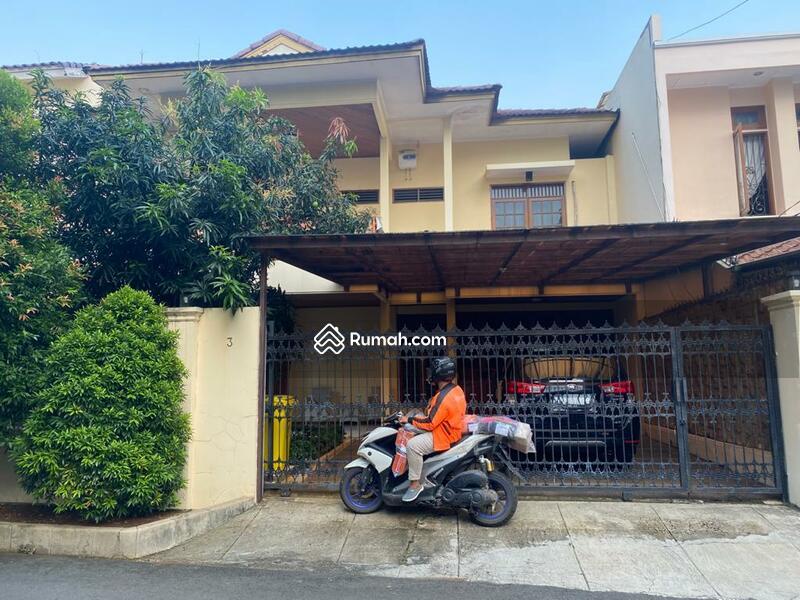 Rumah jalan Adyaksa Lebak Bulus #105220677