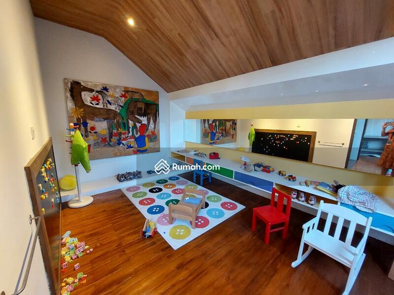 Townhouse Cantik di Kemang harga mulai dari Rp 5.5 Milyar #105220771