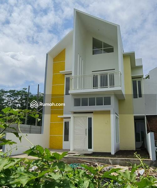 Dijual  rumah 2 lantai lokasi dkt wisata Lembang SHM IMB hny 300 jtn KHUSUS PEMBELIAN BULAN INI! #105222383