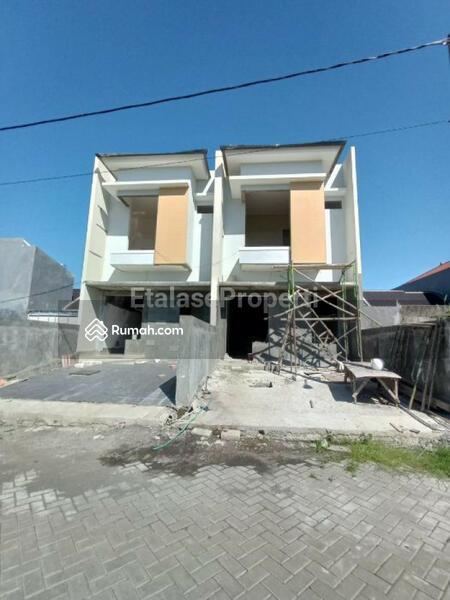 On Progress Rumah 2 Lantai di Royal Paka Rungkut One Gate System #105222931