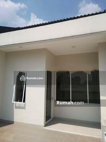 Rumah Cantik Kavling Polri Jelambar, Jakarta Barat #105224281