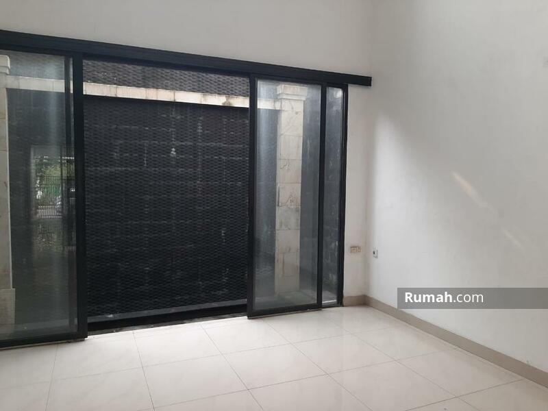 Dijual rumah 2 lantai di Serpong Park, Jelupang, Serpong Utara, kota Tangerang Selatan. Siap huni #105225055