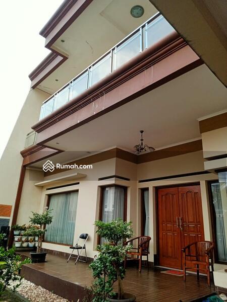 Rumah 2lt dalam komplek one gate sistem di Pondok kelapa jakarta timur #105826033