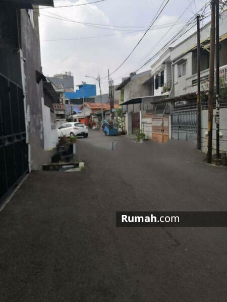 Rumah Bagus Kavling Polri Jelambar, Jakarta Barat #105227897