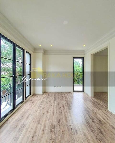 KEMANG, MODERN CLASSIC TOWNHOUSE, BRAND NEW HOUSE #105228567