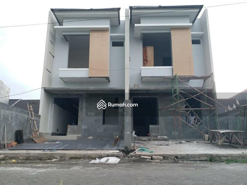 Rumah baru 2 lantai Royal Paka Gunung Anyar Surabaya #105229029
