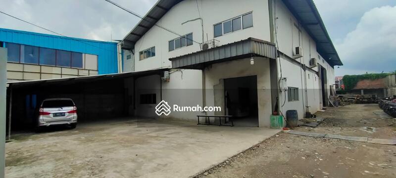 Gudang di Cipondoh kawasan DPR Luas tanah 800 meter luas bangunan 1000 meter gudang 2 lantai SHM,IMB #105229871