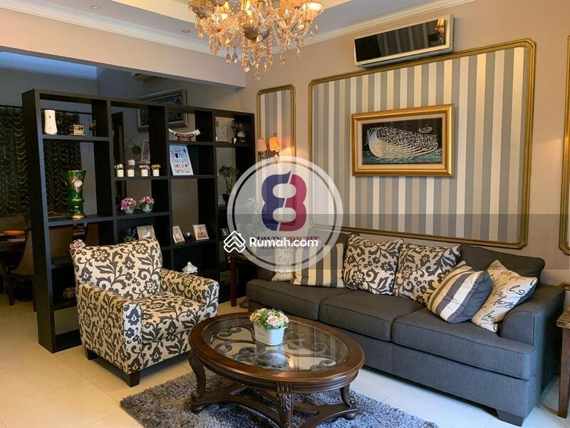 Dijual Rumah Mewah Dalam Kompleks di Duren Tiga Jakarta Selatan #105230883