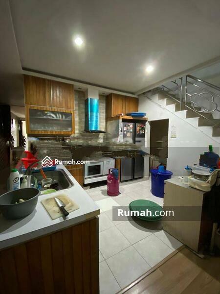 Dijual Rumah 3. 5 lantai Empang Bahagia, Jakarta Barat #105231325