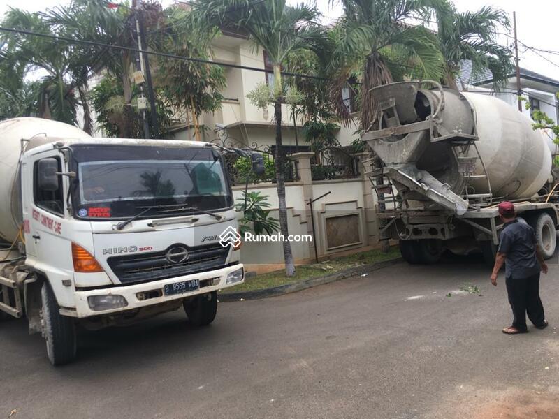 Dijual Rumah 3 Lantai di  Taman Alfa Indah Jakarta Barat #105231843