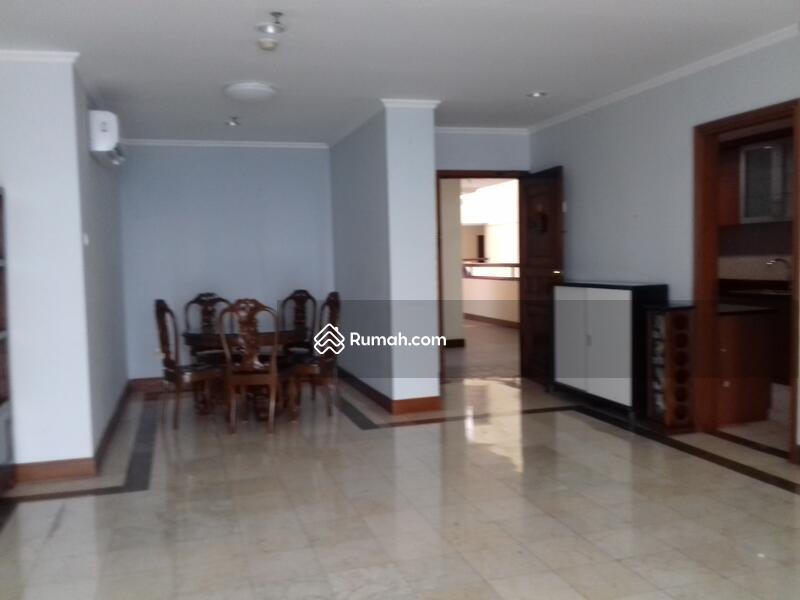 Apartemen Bumimas Jakarta Selatan #105520961