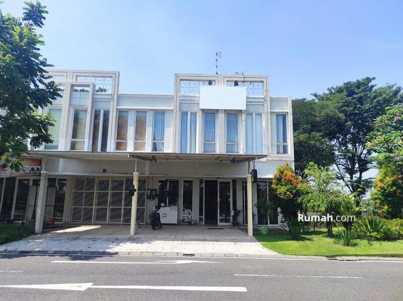 LANGKA! Dijual Cepat Ruko 2 Lantai Bizhome Pakuwon City Surabaya Timur #105258077