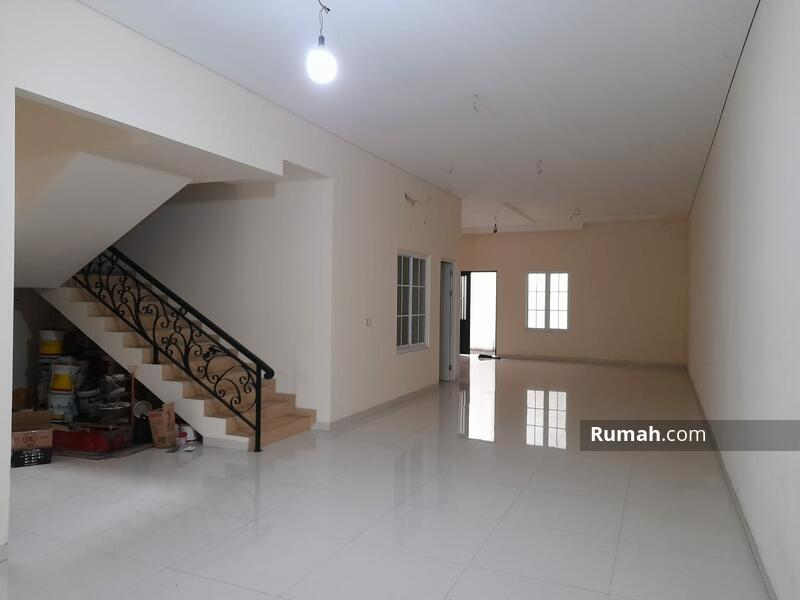 Rumah Baru, Jalan Lebar, Tidak Banjir #105270221