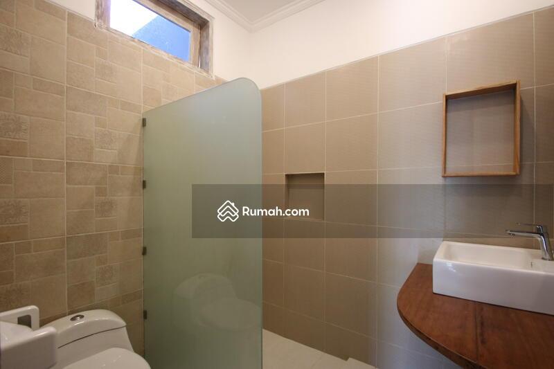 Dijual Villa Di Pererenan, Bali  IT 702 #105278415