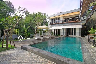 Dijual - Dijual Villa Di Pererenan, Bali  IT 702