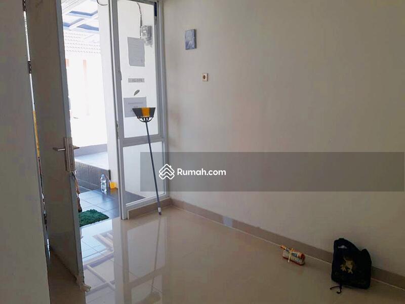 Disewa cepat Rumah di Mutiara Gading City Cluster New Liverpool , Bekasi #105312113