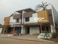 Dijual - Rumah LUX Tropical Resort Sangat Strategis Dekat Pintu Toll Di Jakarta Barat