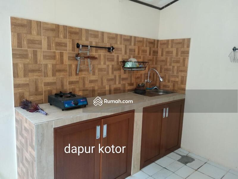 Rumah Modern 2 Lantai dalam Komplek di Petukangan Utara #105339017