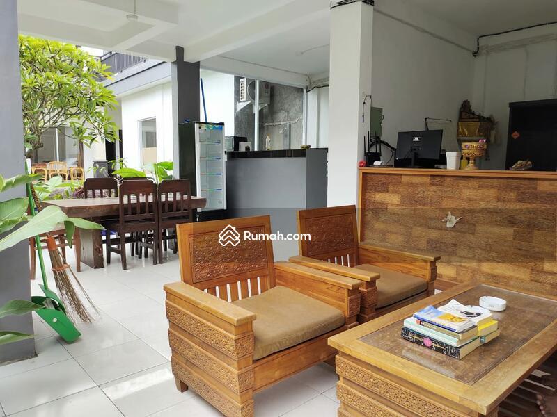 Di jual guest house 2 lantai berada dilingkungan yang nyaman dan istimewa #105391503