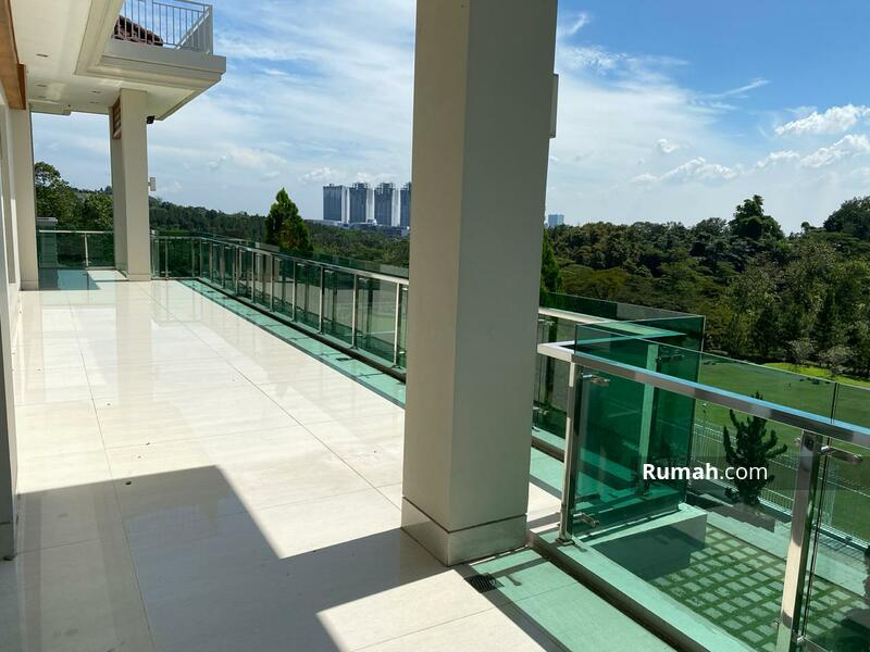 Dijual Rumah Di Sentul uk 2100m2 view lapangan golf 2lt at Bogor Jabar #105446107