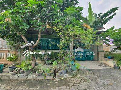 Dijual - Rumah 1, 5 Lantai di Madegondo Solo Baru