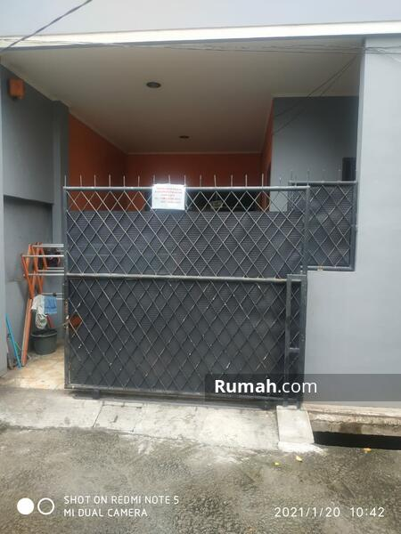 Rumah kostan dijual murah ada 10 kamar strategis dekat grand metropolitan mall kota Bekasi #105552933