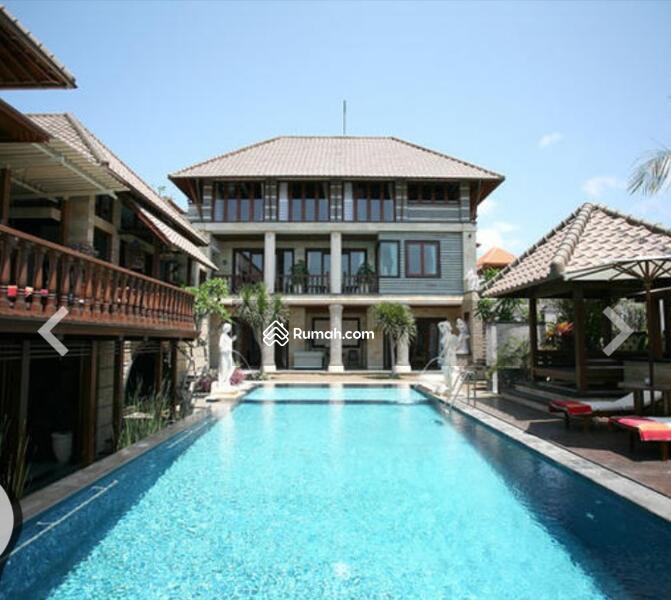 Villa besar dekat sama sama restoran #105570529