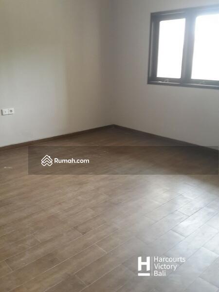 Disewakan Rumah Minimalis 3 lantai di Padangsambian #105596481