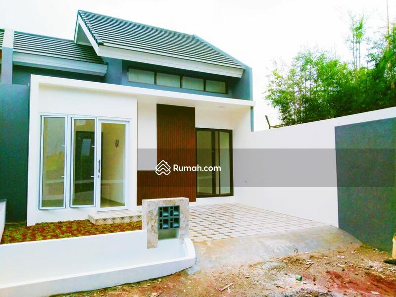 Diskon 10%!!!  Rumah dengan Fasilitas Lengkap di Depok #105598589