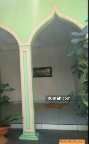 Rumah 2 Lantai Lantai di Cipayung #105613141