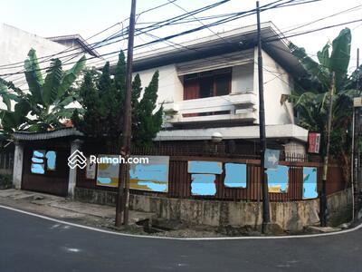 Dijual - Dijual Rumah Tua HOEK Dibawah NJOP di Cideng