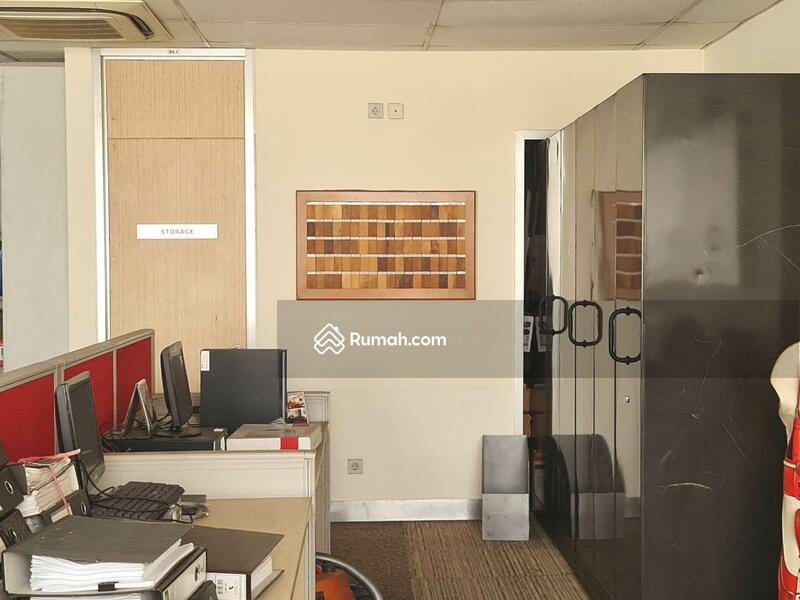 Gedung Kantor 4 Lantai Siap Pakai di Arteri Pondok Indah Jakarta Selatan #105675497