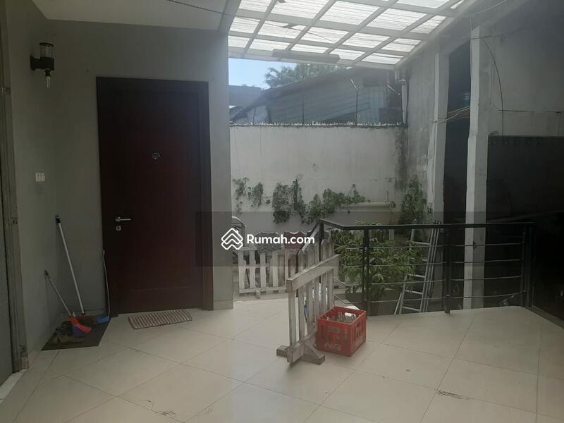 Di jual Murah Rumah Kantor Gudang, Pinggir Jalan ,Strategis Banget di Letjen Suprapto Jakarta Psuat #105681771
