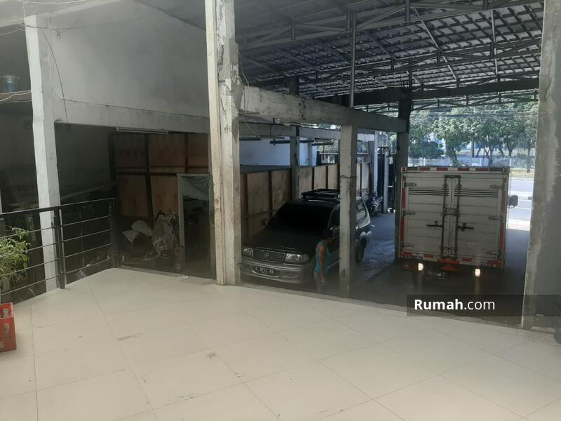 Di jual Murah Rumah Kantor Gudang, Pinggir Jalan ,Strategis Banget di Letjen Suprapto Jakarta Psuat #105681773