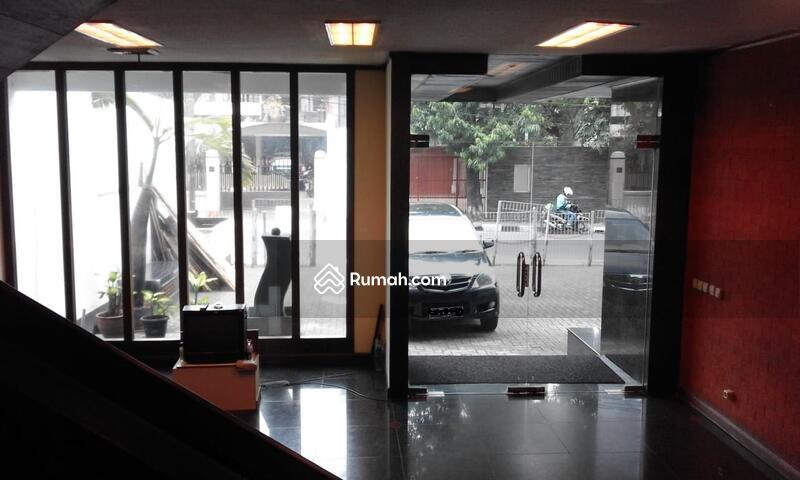 Dijual Cepat Gedung Kantor 4 lantai di Guntur luas 400 m2 Setiabudi Jakarta Selatan #105693527