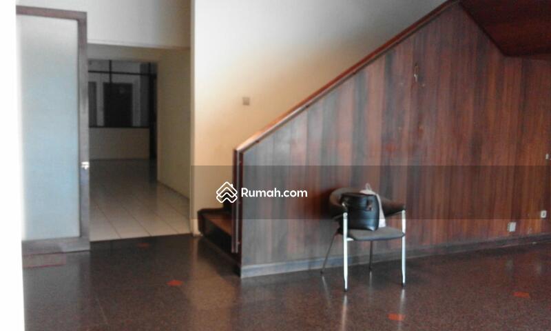 Dijual Cepat Gedung Kantor 4 lantai di Guntur luas 400 m2 Setiabudi Jakarta Selatan #105693537
