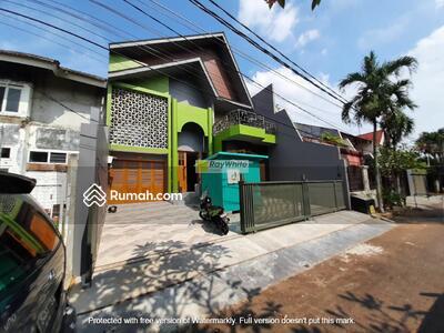 Dijual - Brand New House Design Modern Millenial at Lebak Bulus