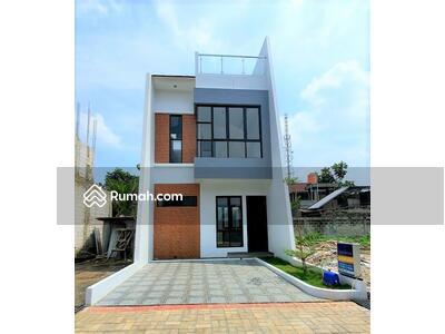 Dijual - House 2, 5  lantai + Rooftop harga Real no tipu-tipu lokasi Strategis di Belakang Kampus UI Depok